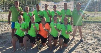 Bravúros 3. hely a strandlabdarúgó bajnokságban